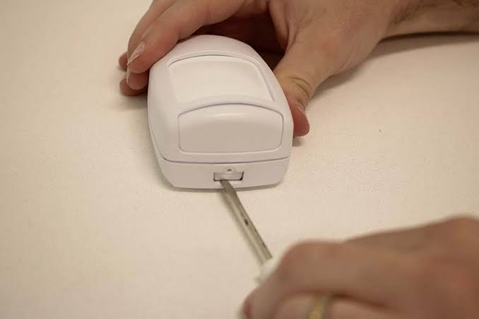 battery-operated-motion-sensors